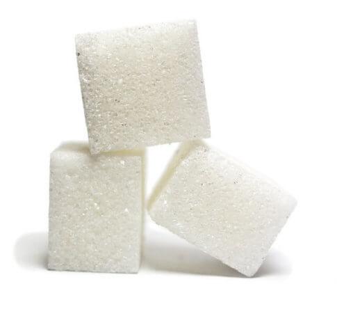 酸っぱくなった甘酒に砂糖をたす
