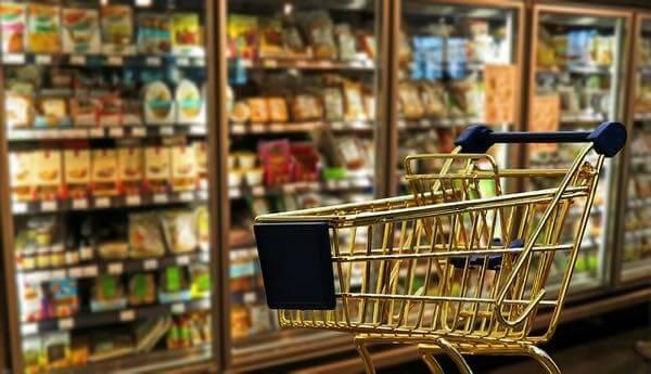 食材の宅配サービスを使うべき理由【スーパーは誘惑が多い】